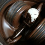photo of chocolate grinding from tōcōti chocolate