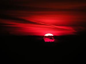 512px-Sunrise_in_Constanta,Romania