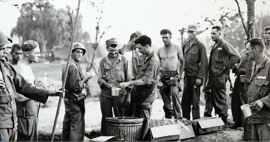 American Soldiers take break-Korean War